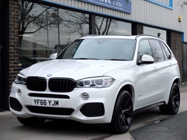 BMW X5 2.0 xDrive40e M Sport (Electric Plug in Hybrid) Auto Estate Hybrid Mineral White Metallic at fa Roper Ltd Bradford