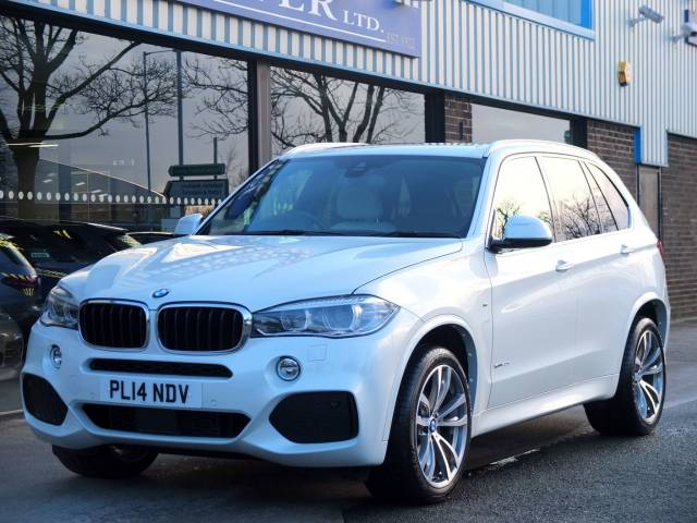 BMW X5 3.0 xDrive40d M Sport Auto Estate Diesel Mineral White Metallic at fa Roper Ltd Bradford