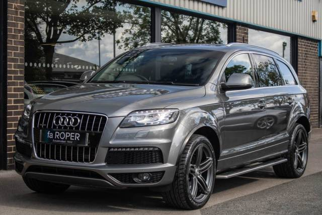 Audi Q7 3.0 TDI quattro S Line Plus Auto 245ps Estate Diesel Graphite Grey Metallic at fa Roper Ltd Bradford