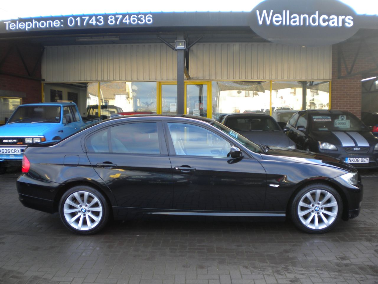 BMW 3 Series 2.0 318d SE Business Edition 4dr 6 Speed Manual,F/BMW/S/History,Nav,Heated Leather, Alloys, Low Tax Saloon Diesel Black at Welland Cars Shrewsbury