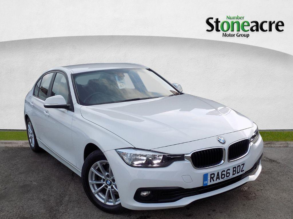 BMW 3 Series 2.0 320d ED Plus Saloon Saloon Diesel White