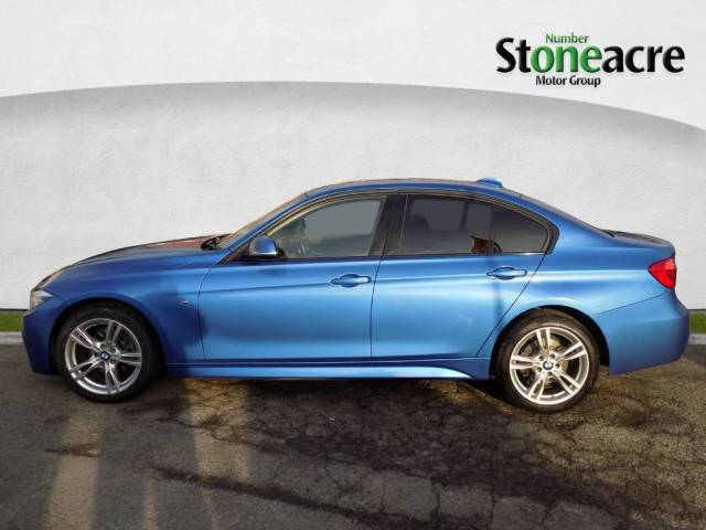 BMW 3 Series 2.0 320d xDrive M Sport Saloon Automatic Saloon Diesel Blue