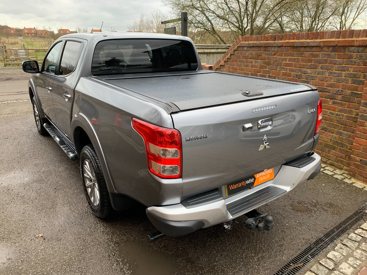 2015 Mitsubishi L200 2.4 Double Cab DI-D 178 Warrior 4WD Auto + NO VAT