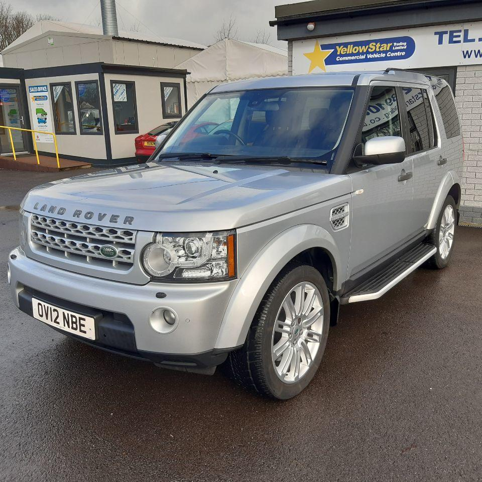 Land Rover Discovery 3.0 SDV6 255 HSE 5dr Auto Estate Diesel Silver