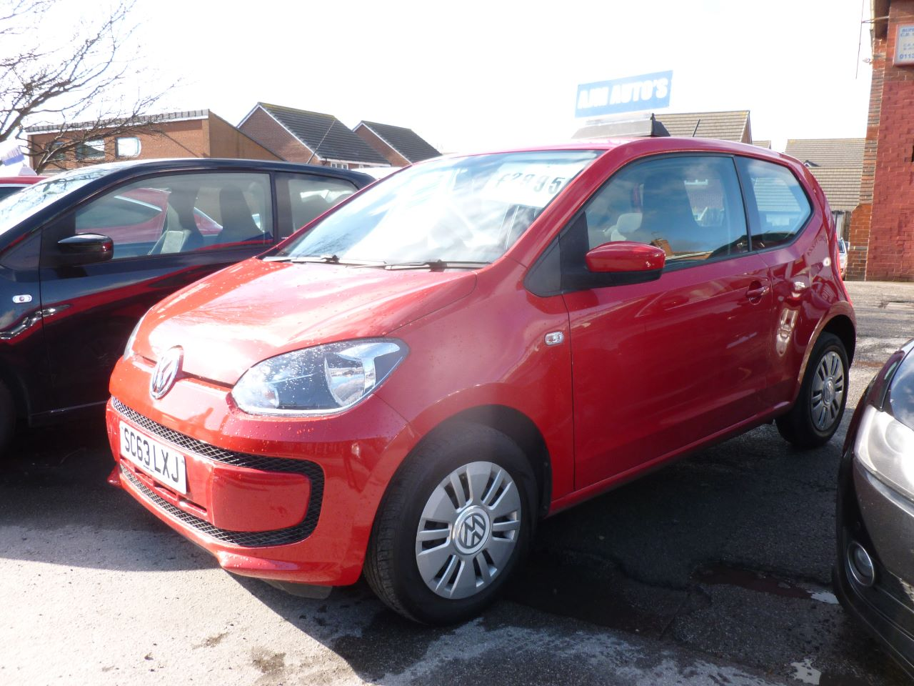 Volkswagen Up 1.0 Move Up 3dr Hatchback Petrol Red