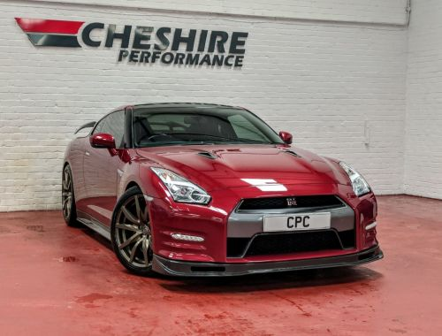 Nissan GT-R 3.8 V6 Recaro 4WD 2dr Coupe Petrol Red