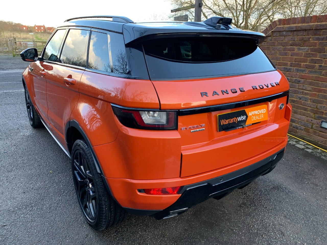 2016 Land Rover Range Rover Evoque 2.0 TD4 HSE Dynamic 5dr Auto + Black Pack + Pan Roof