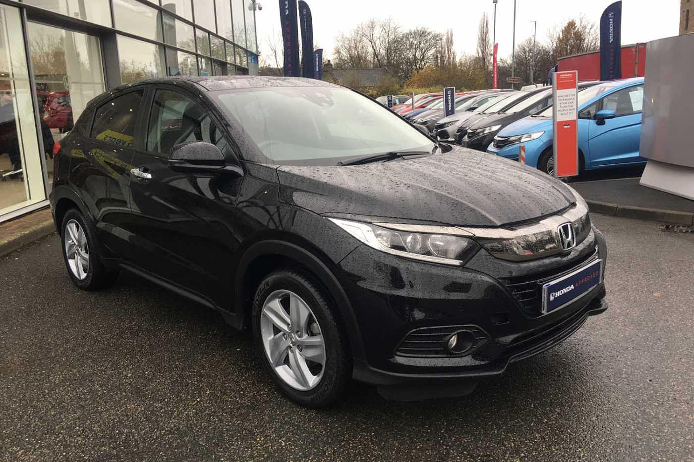 Honda HR-V 1.5 i-VTEC SE (s/s) 5-Door Hatchback Petrol Crystal Black