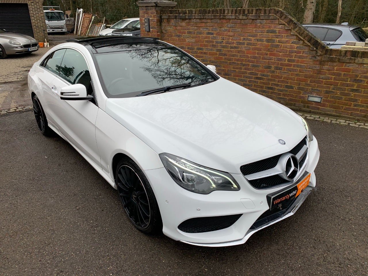 Mercedes-Benz E Class 3.0 E400 AMG Sport Plus 2dr 7G-Tronic Coupe Petrol White at A Touch of Class Kingsnorth