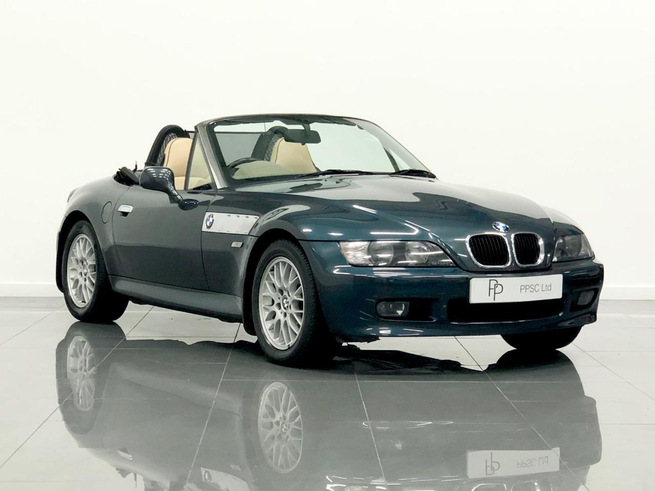 BMW Z3 Z3 Roadster 1.9 Individual Convertible Petrol Orinoco Green Individual Paint