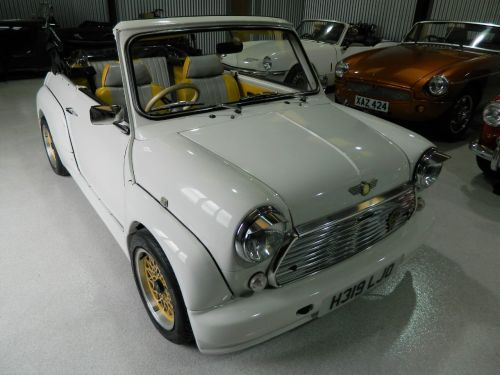 Rover Mini 1.0 Convertible Petrol Old English White