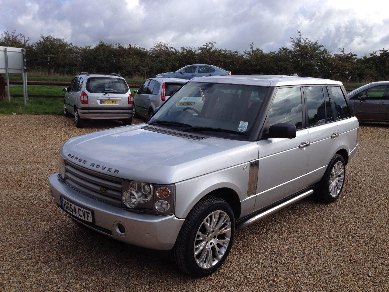 Land Rover Range Rover 3.0 Td6 VOGUE 4dr Auto FACE LIFT MODEL, FULLY LOADED INC TOUCH SCREEN NAV AND REAR DVD SCREENS Four Wheel Drive Diesel Silver