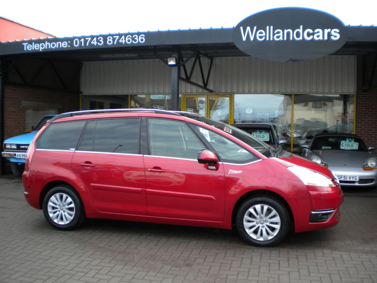 Citroen C4 Picasso 2.0HDi 16V Exclusive 5dr EGS Diesel Automatic, F/S/H, Alloys, 1 Owner, Low miles. MPV Diesel Metallic Red at Welland Cars Shrewsbury