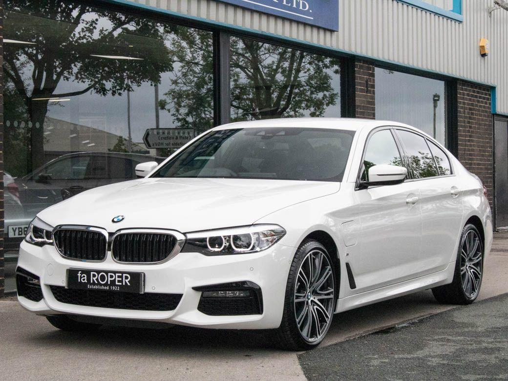 BMW 5 Series 2.0 530e xDrive M Sport Plus Pack Auto Saloon Petrol / Electric Hybrid Alpine White