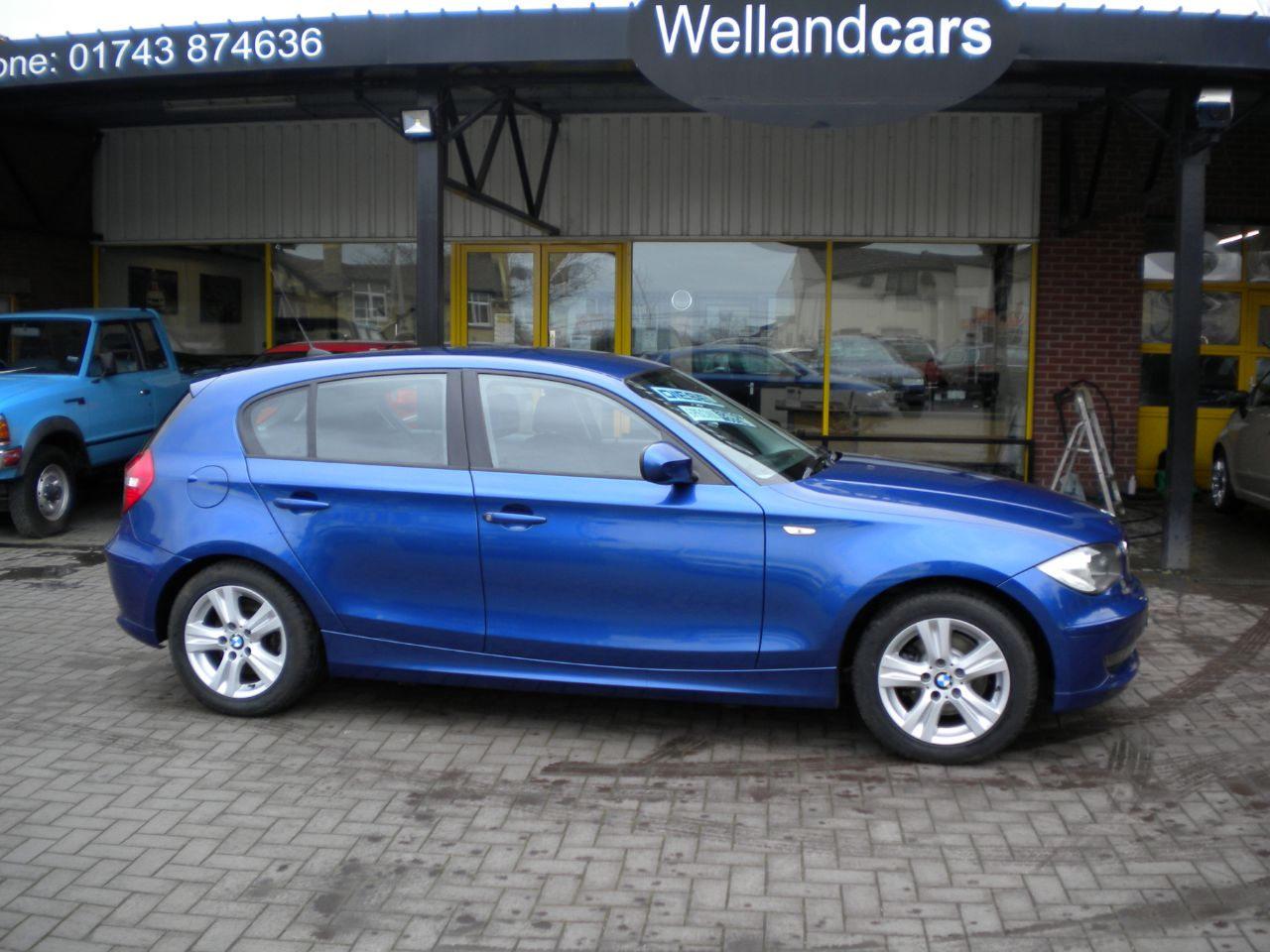 BMW 1 Series 2.0 118d SE 5dr Diesel 6 Speed Manual Dynamic Pack, Full BMW History, 1 Owner, Economical Only £30 Tax Hatchback Diesel Blue at Welland Cars Shrewsbury