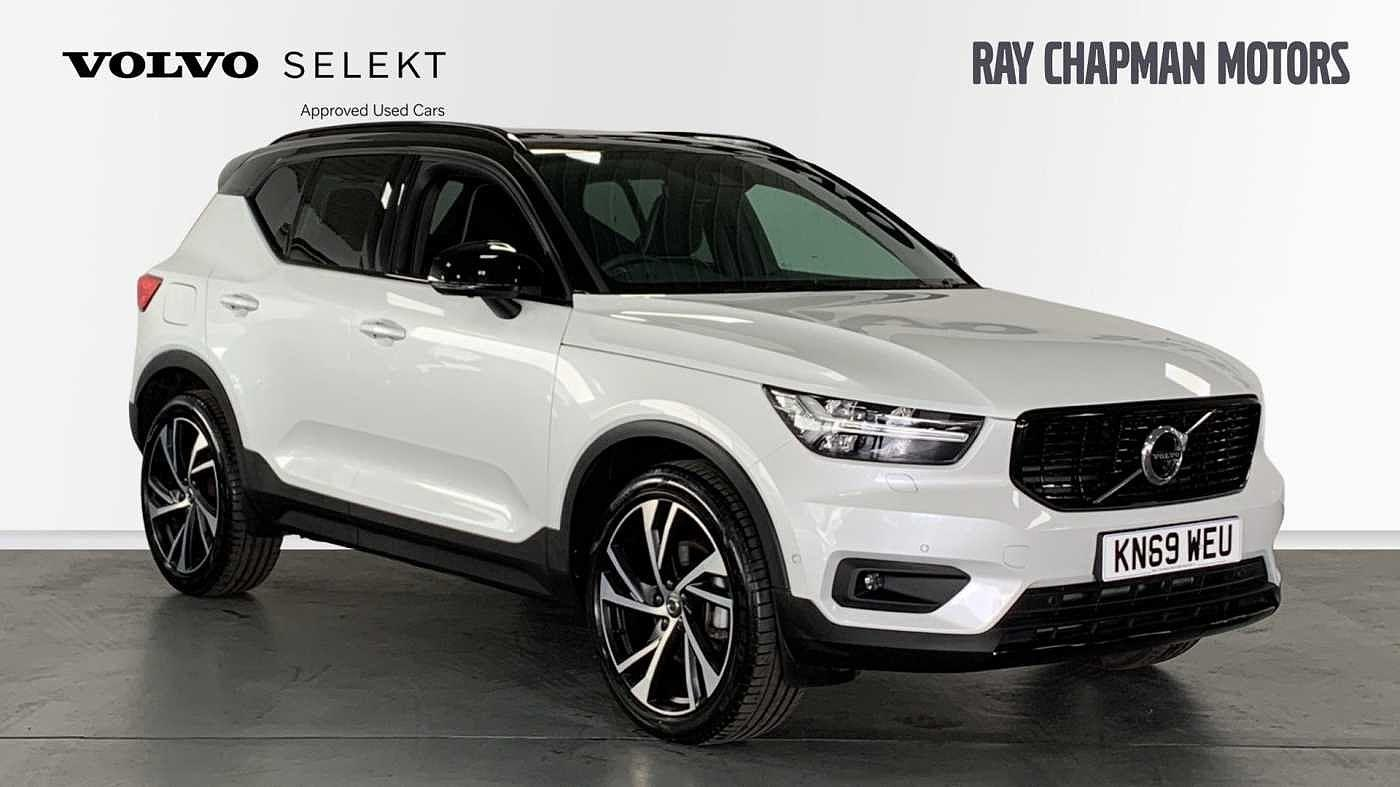Volvo XC40 2.0 D4 AWD R-Design Pro Auto (Xenium, Intellisafe, Winter & Convenience Packs) Crossover Diesel Crystal White