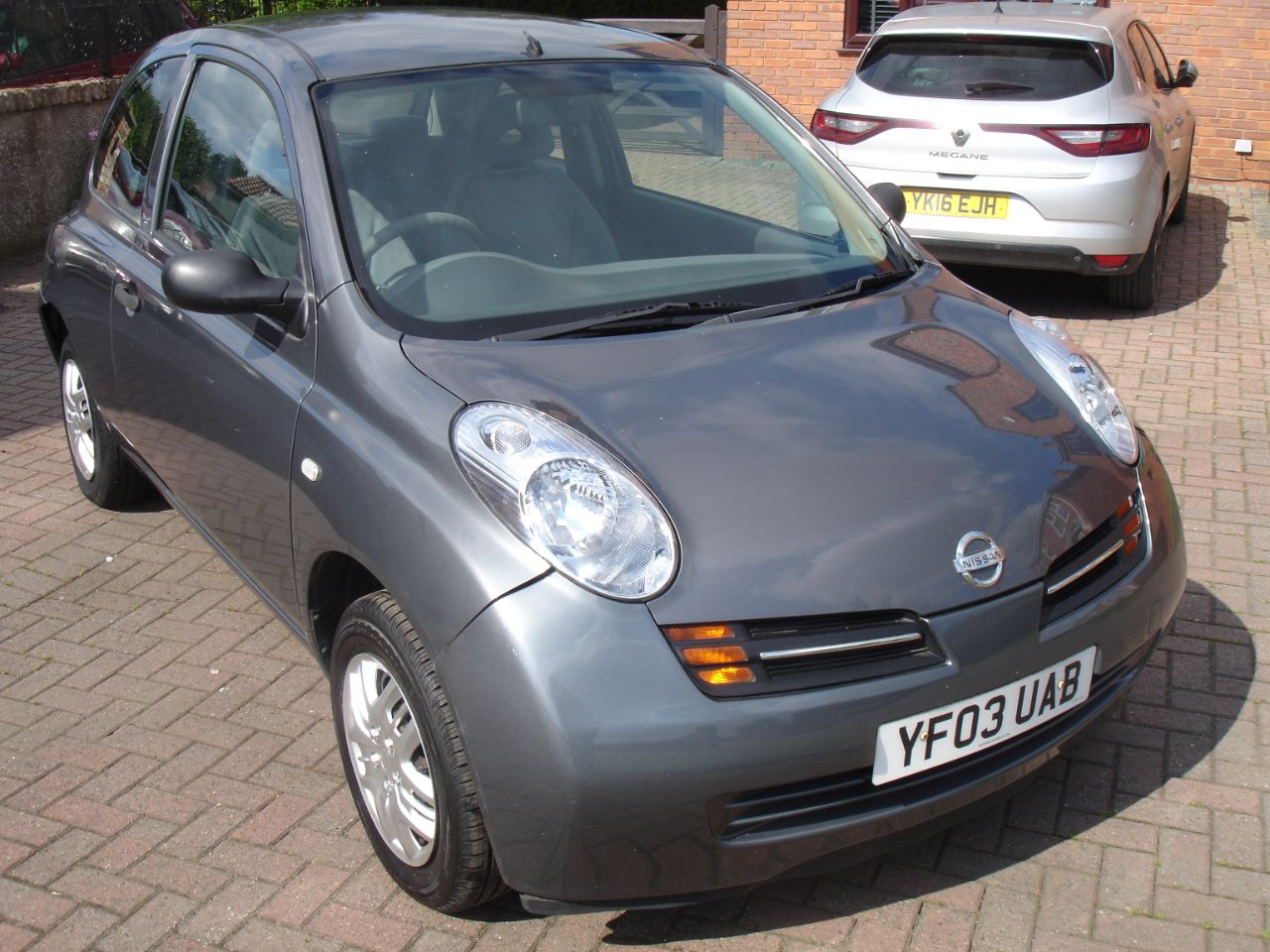 Nissan Micra 1.2 S 16v 3dr Hatchback Petrol Metallic Grey at Level Pitch Selby