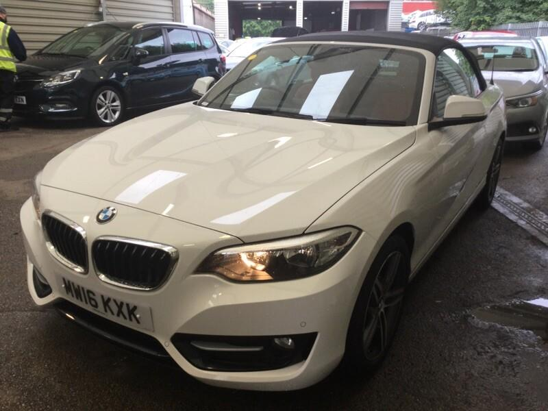 BMW 2 Series 1.5 218i Sport 2dr Step Auto Convertible Petrol White