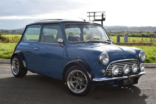 Rover Mini 1.3i Restomod low miles Saloon Petrol Blue