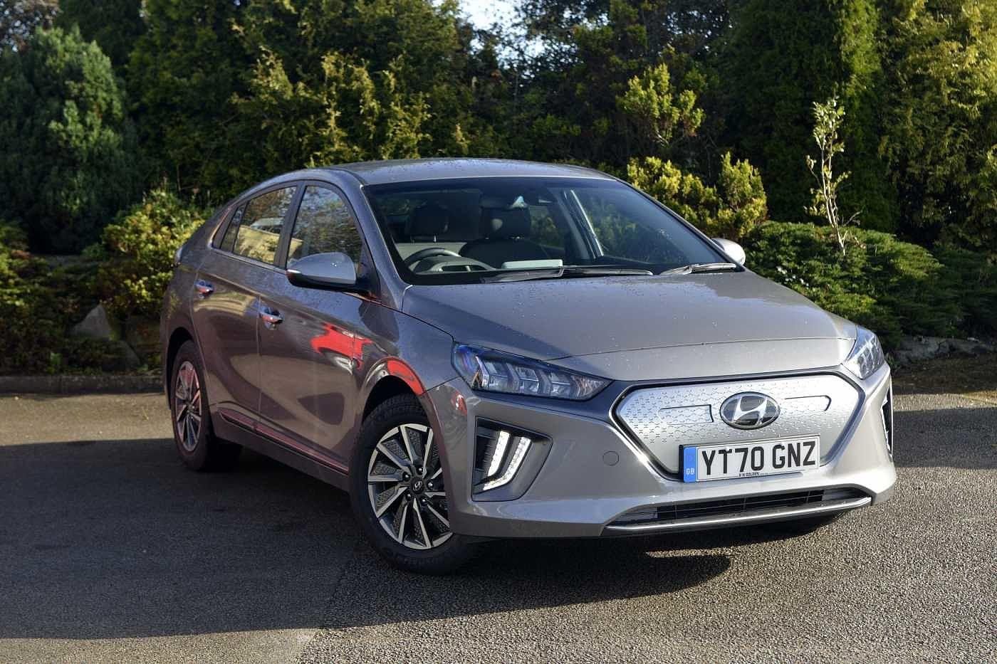 Hyundai Ioniq E (38.3kwh) Premium Electric Auto 5Dr Hatchback Hatchback Electric Fluid Metal