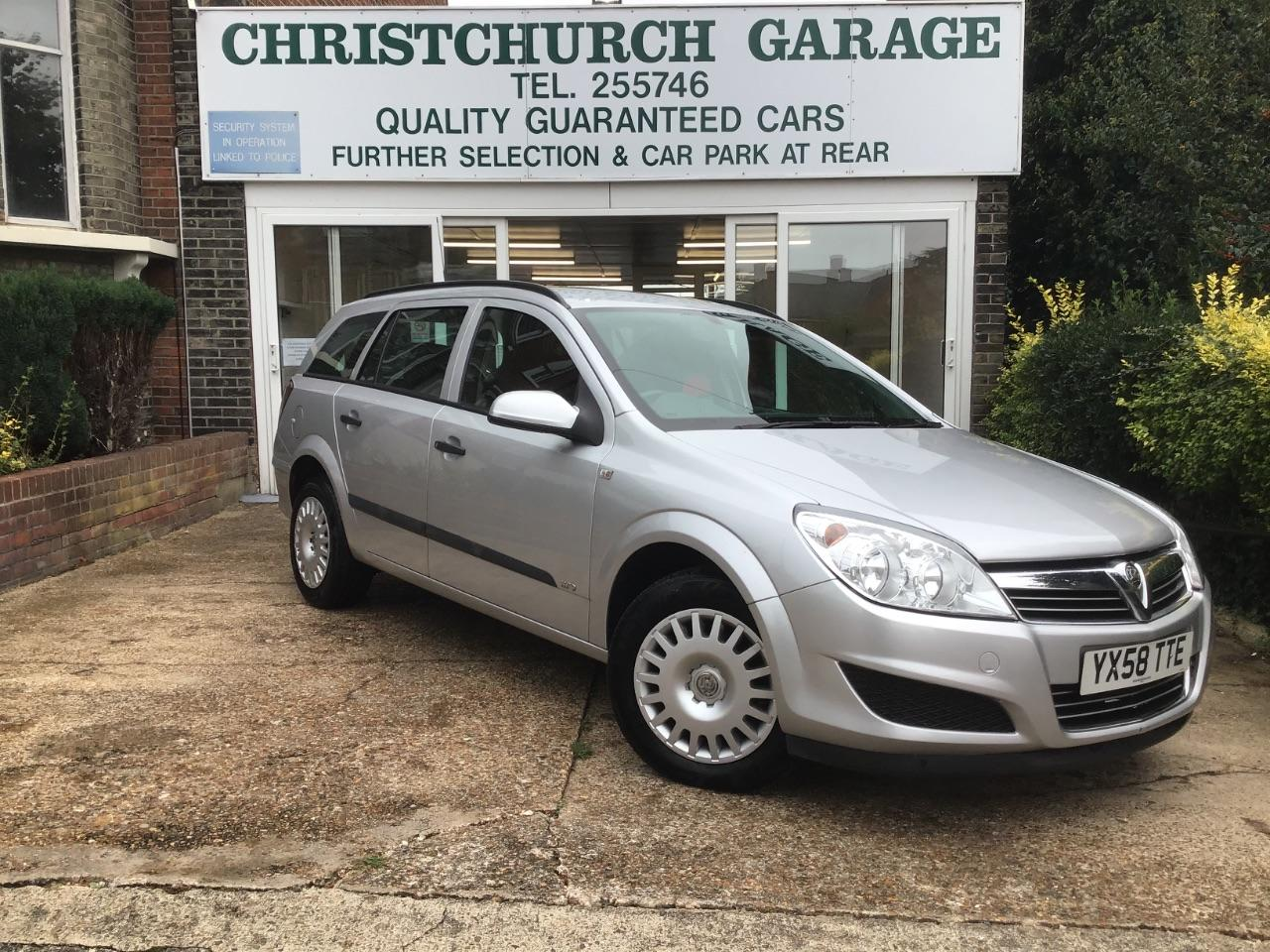 Vauxhall Astra 1.8i VVT Life 5dr Auto [AC] Estate Petrol Silver