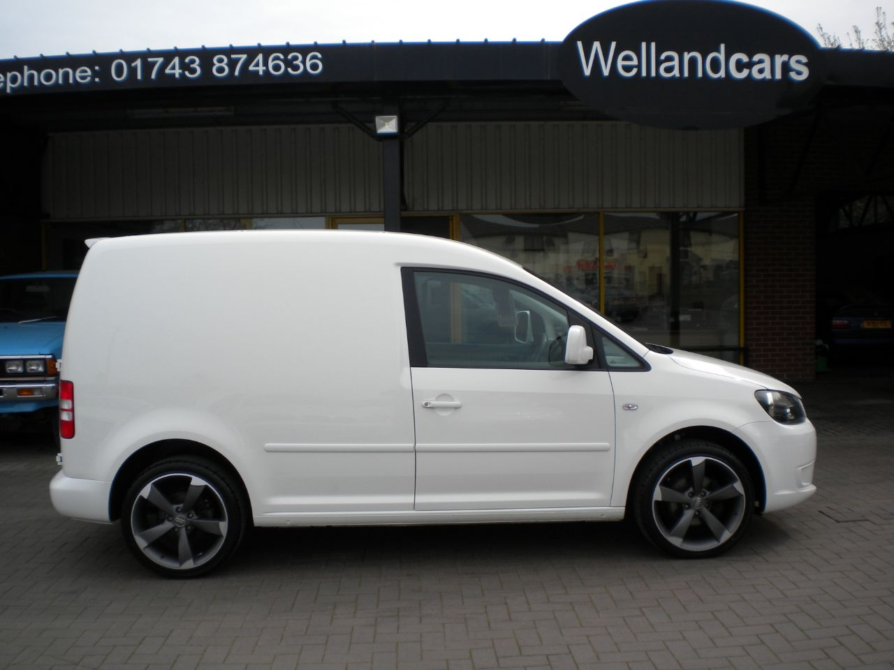 Volkswagen Caddy 1.6 TDI BlueMotion Tech 102 Van 5 Speed,F/S/H,New 18`Audi Style Alloys and Tyres, Full Leather Van Diesel White at Welland Cars Shrewsbury