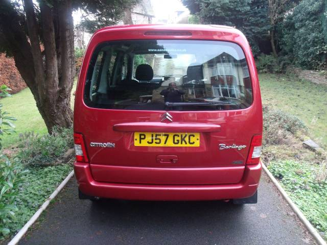 Citroen Berlingo Multispace 1.4i Forte 5dr MPV Petrol Red