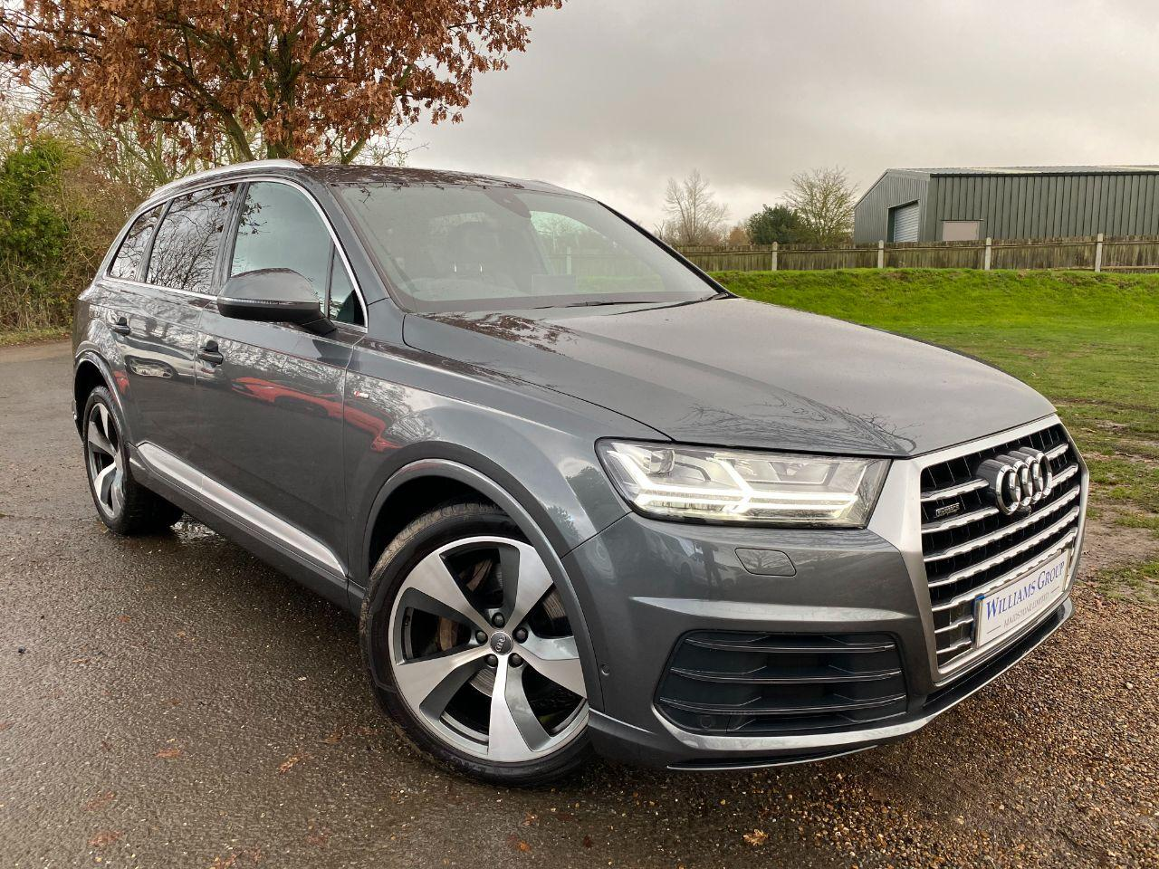 Audi Q7 3.0 TDI Quattro S Line 5dr Tip Auto (Parking Pack! Pan Roof! +++) Estate Diesel Daytona Grey Pearl
