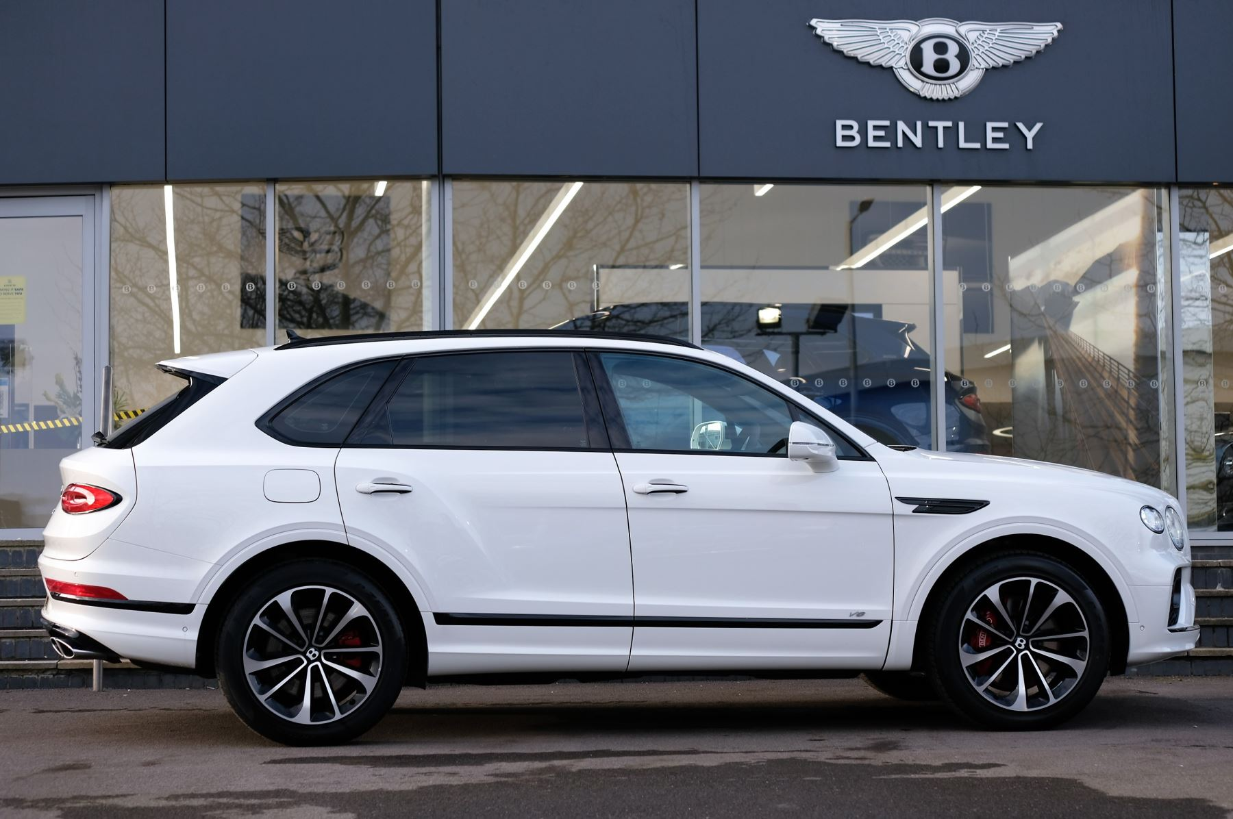 Bentley Bentayga 0.0 4.0 V8 - Touring and Front Seat Comfort Specificat