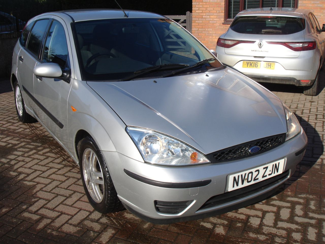 Ford Focus 1.6 Flight 5dr Hatchback Petrol Silver at Level Pitch Selby