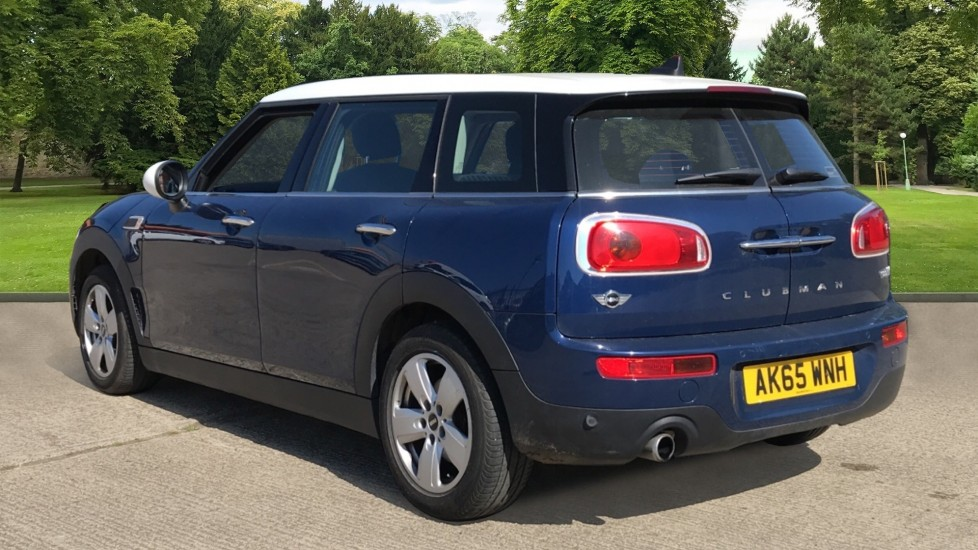 Mini Clubman 0.0 1.5 Cooper 6dr with Heated Sea