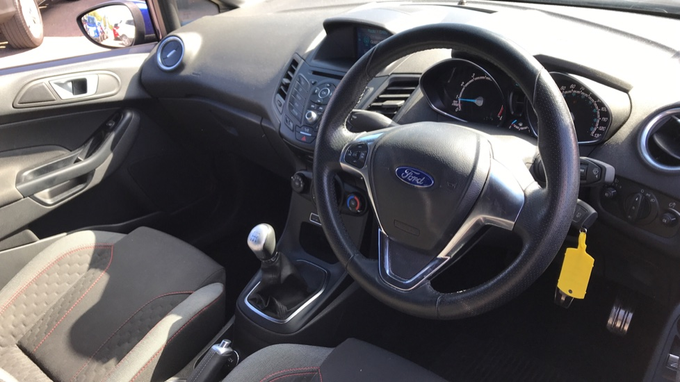 Ford Fiesta 0.0 1.0 EcoBoost 140 ST-Line 5dr with Navigation and B