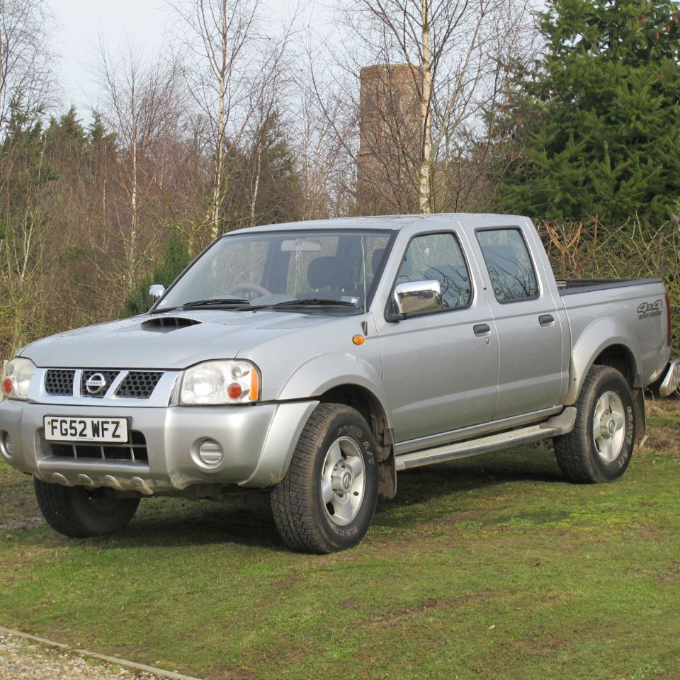 Nissan Navara D22 4x4 DOUBLE cab 2.5 Diesel AIR CON PICK UP NO VAT 97,000