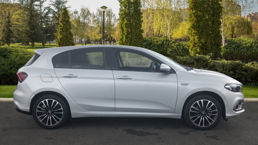 Fiat Tipo 0.0 1.0 Life 5dr UConnect  Multifu
