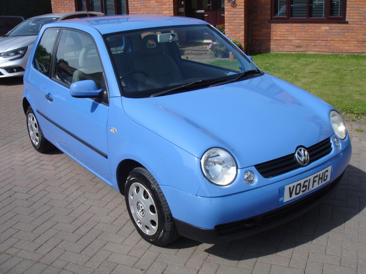 Volkswagen Lupo 1.7 E SDi 3dr Hatchback Diesel Solid Blue at Level Pitch Selby