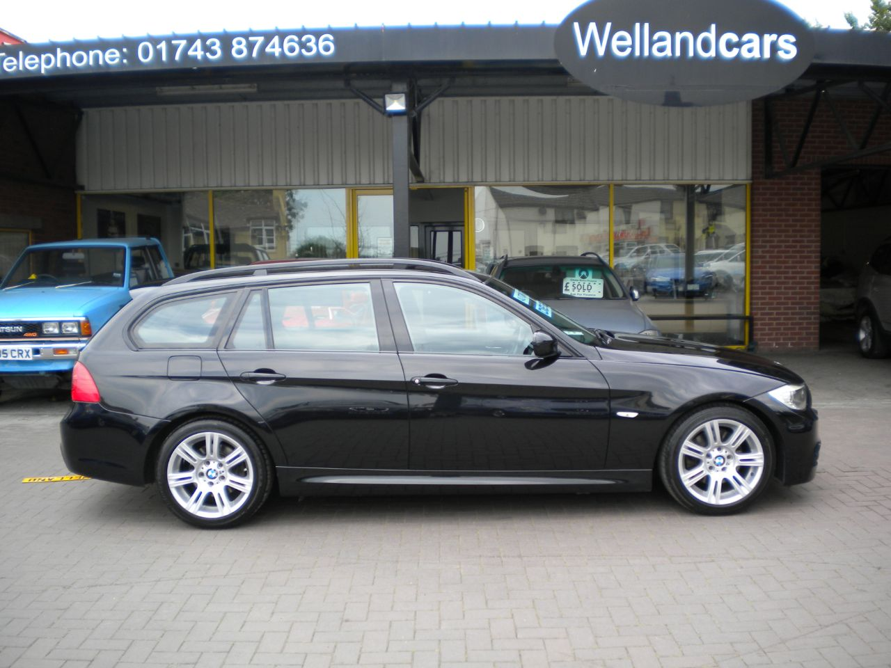 BMW 3 Series 318d 2.0L M Sport 5dr Step Automatic,F/S/H, Cruise Control,17`Alloy Wheels,Dual Zone Climate A/C Estate Diesel Black at Welland Cars Shrewsbury