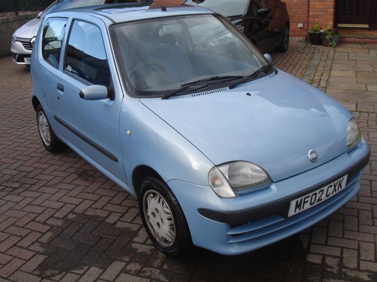 Fiat Seicento 1.1i SX 3dr Hatchback Petrol Metallic Blue at Level Pitch Selby