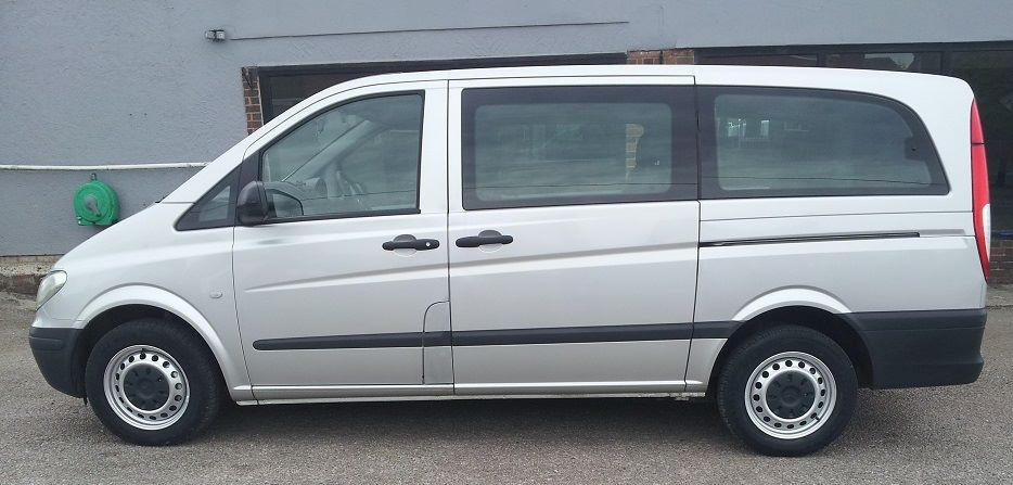 Mercedes-benz Vito 2.1 111CDI 7-Seater Minibus Diesel Silver at Williams Quality Cars Buckley