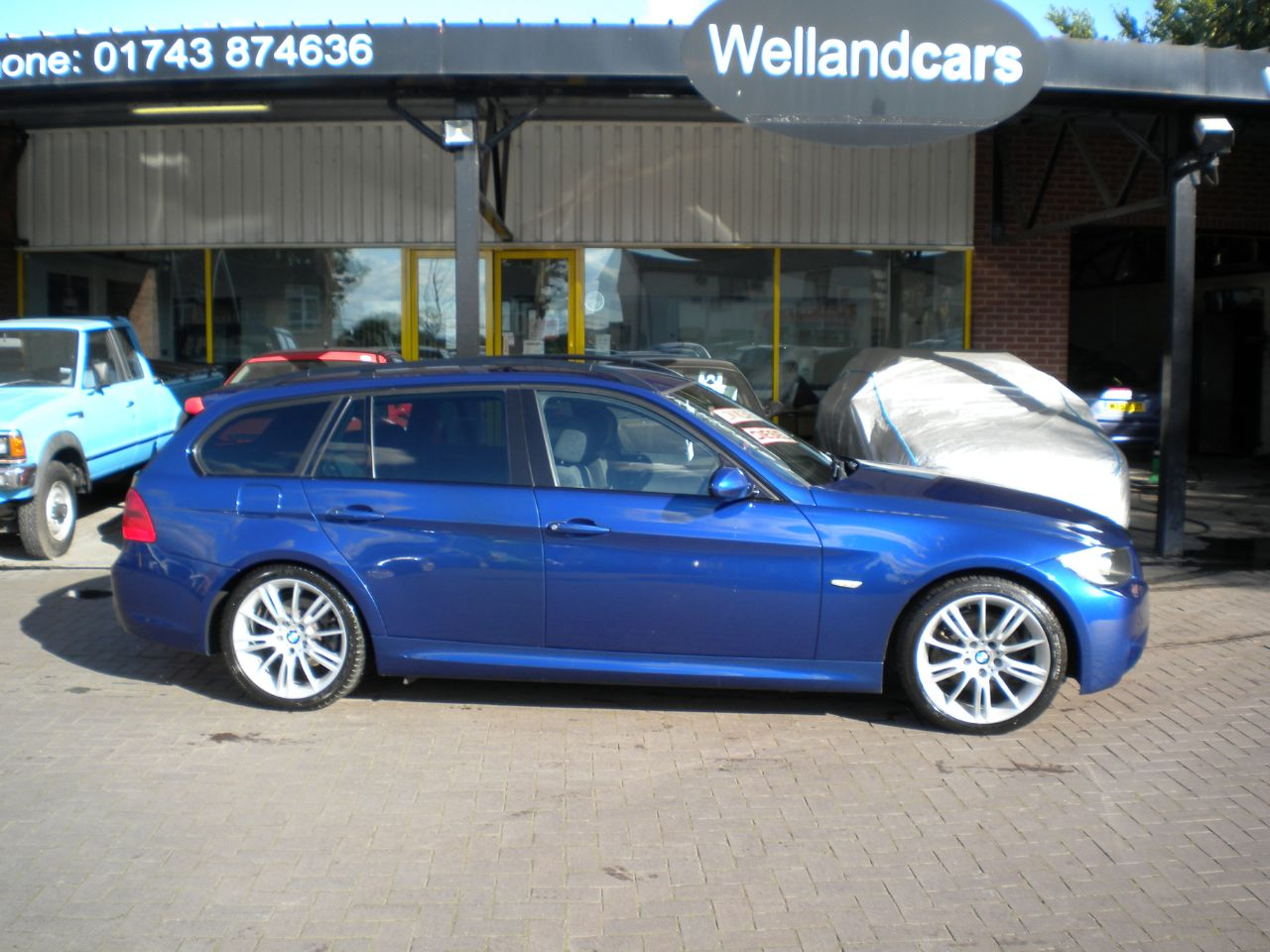 BMW 3 Series 2.0 320d M Sport 5dr F/S/H,18` Alloys,Towpack,15 MONTH PARTS AND LABOUR WARRANTY INCLUDED Estate Diesel Blue at Welland Cars Shrewsbury