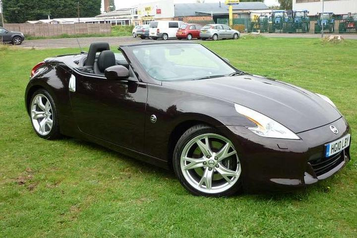 Nissan 370Z 3.7 GT SEMI-AUTO Roadster Petrol Metallic - Black Rose