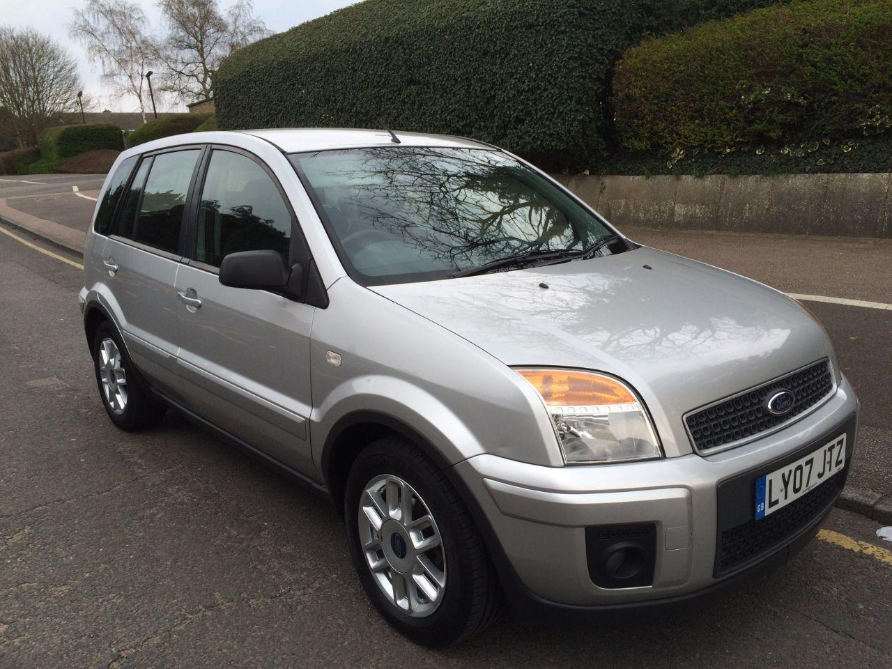 Ford Fusion 1.4 ZETEC CLIMATE HATCHBACK DIESEL SILVER