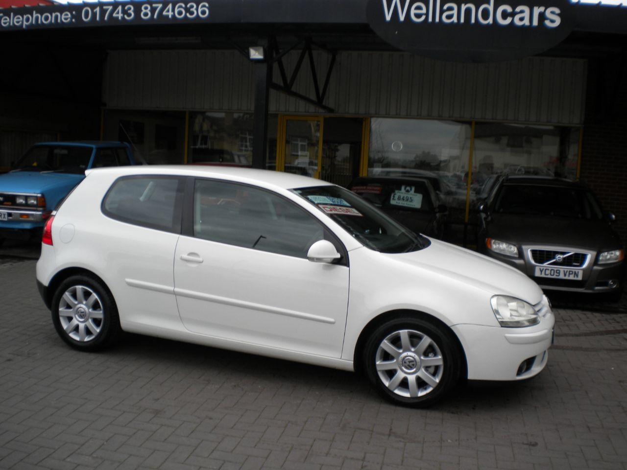 Volkswagen Golf 2.0 GT TDI 3dr 6 Speed Manual, F/S/H, 1 Owner # 15 MONTH WARRANTY INCLUDED Hatchback Diesel White at Welland Cars Shrewsbury