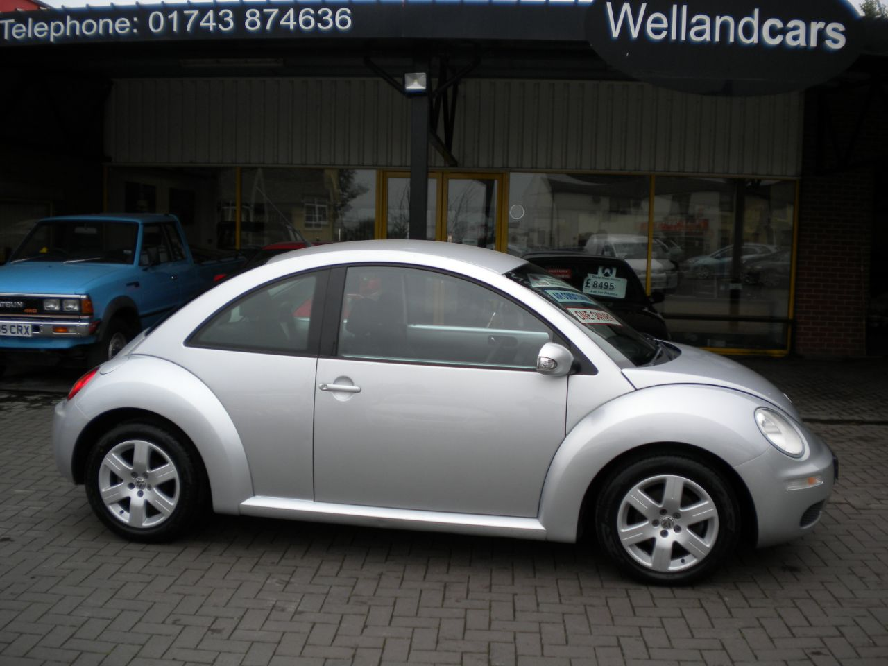 Volkswagen Beetle Facelift 1.6 Luna 3dr Manual, A/C, F/SH,15 MONTH PARTS AND LABOUR WARRANTY INCLUDED Hatchback Petrol Silver at Welland Cars Shrewsbury