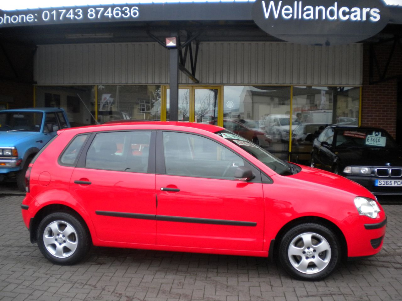 Volkswagen Polo 1.2 E 60 5dr 5 Speed Manual, F/S/H, Low Miles, Alloys,15 MONTH PARTS AND LABOUR WARRANTY INCLUDED Hatchback Petrol Bright Red at Welland Cars Shrewsbury