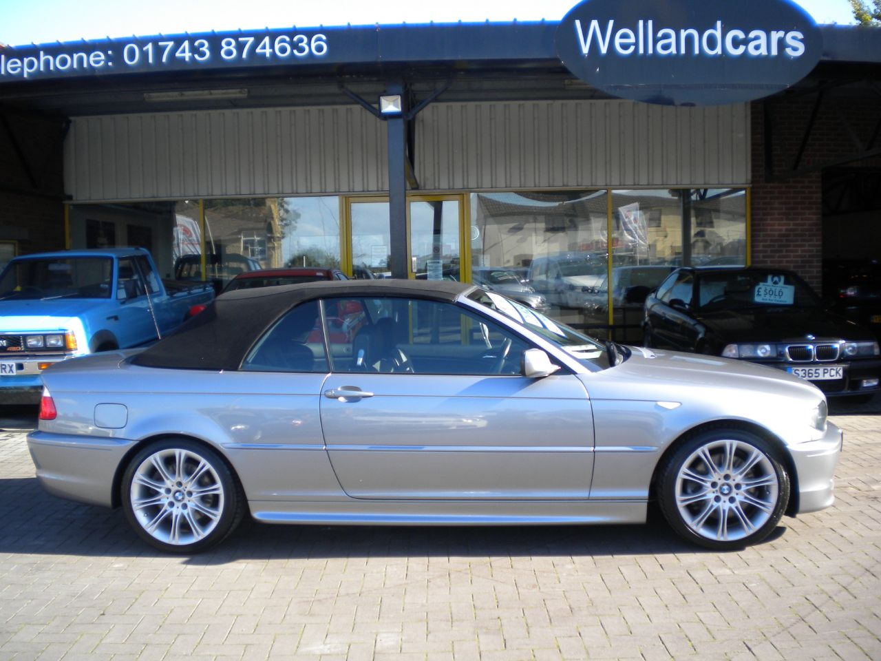 BMW 3 Series 3.0 330 Ci M Sport 2dr Tip/Auto,F/S/H,Low Miles,Huge Spec # 15 MONTH WARRANTY INCLUDED Convertible Petrol Sterling Grey Metallic at Welland Cars Shrewsbury