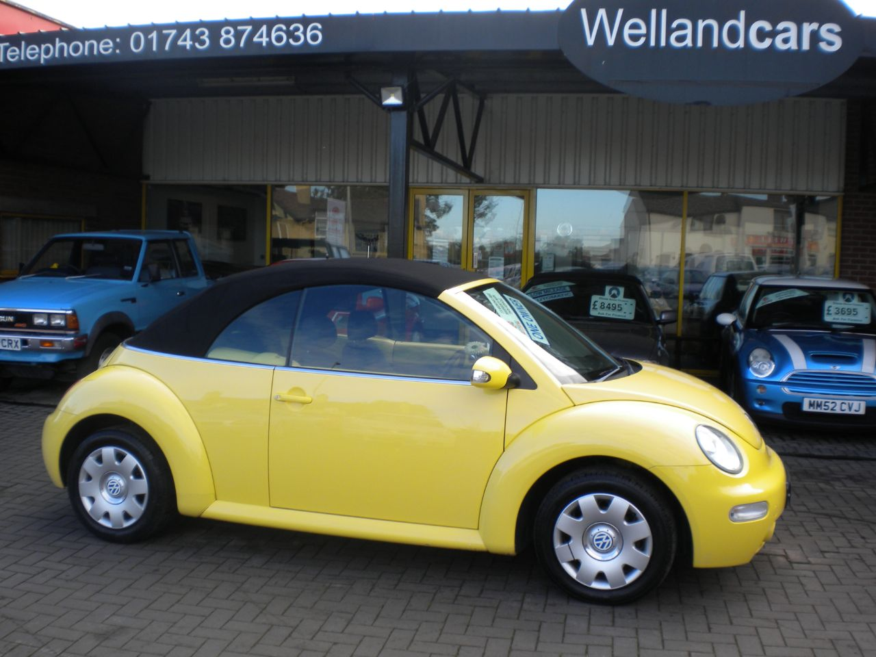 Volkswagen Beetle 1.6 S 2dr 5 Speed Manual, F/S/H,1 Owner # 15 MONTH WARRANTY INCLUDED Convertible Petrol Yellow at Welland Cars Shrewsbury