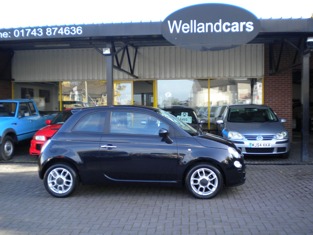 Fiat 500 1.2 Sport 3dr 5 Speed Manual,F/S/H,AirCon,Alloys,1 Owner,15 MONTH PARTS AND LABOUR WARRANTY INCLUDED Hatchback Petrol Nero Carbonio Metallic Black at Welland Cars Shrewsbury
