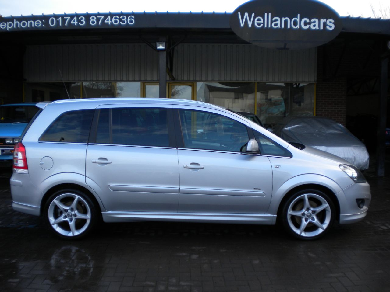 Vauxhall Zafira 1.9 CDTi SRi 150 BHP 5dr Exterior Pack 15 MONTH PARTS AND LABOUR WARRANTY INCLUDED MPV Diesel Silver at Welland Cars Shrewsbury
