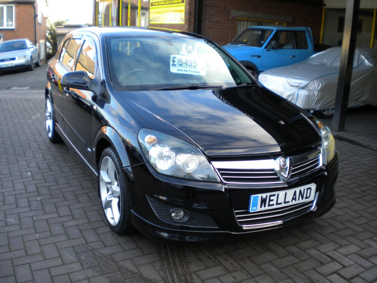 Used Vauxhall Astra Vvt Sri 5dr Exterior Pack F S H 2 Previous Owners 18 Alloys 15 Month