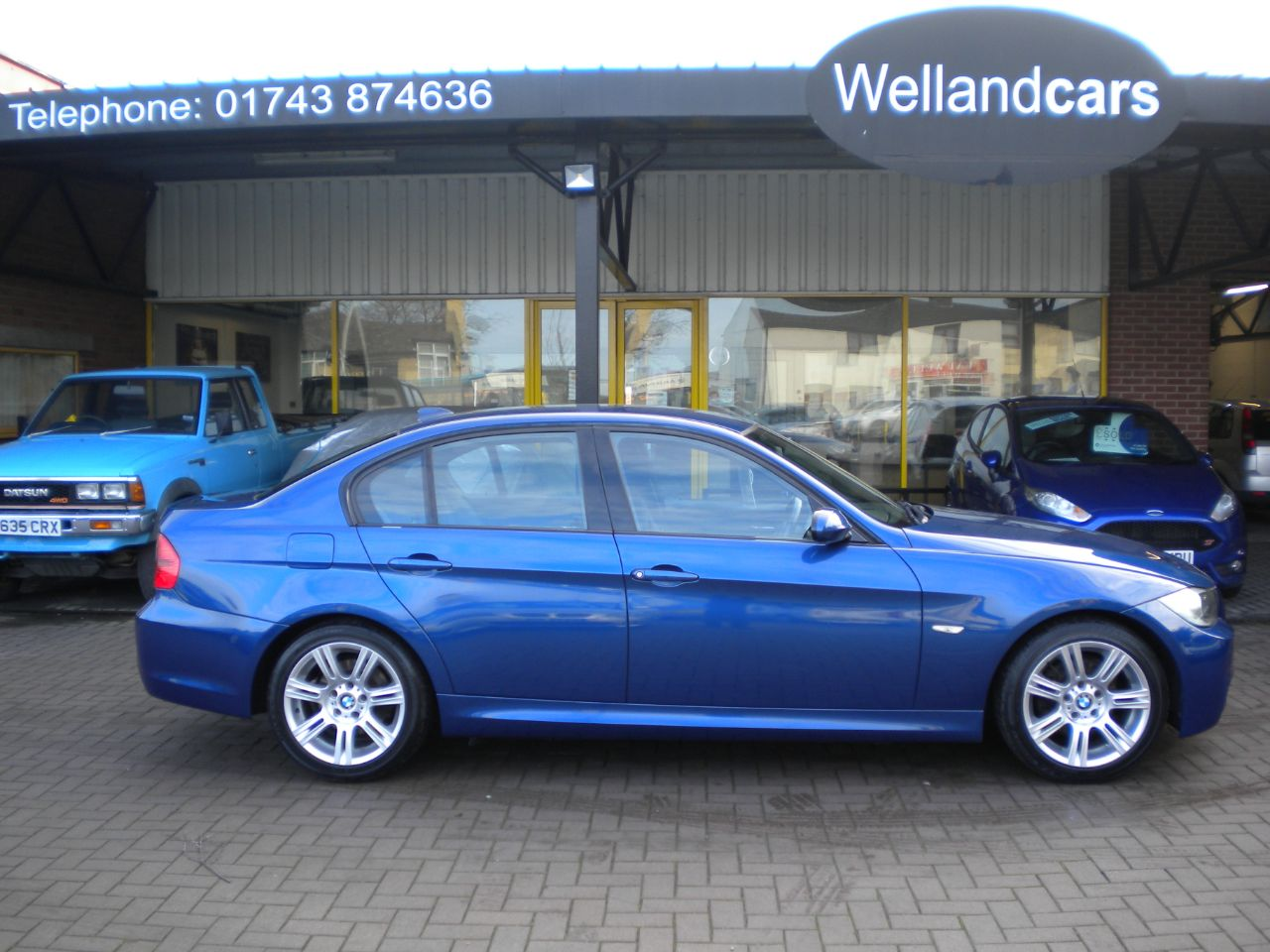 BMW 3 Series 2.0 318i M Sport 6 Speed Manual, F/S/H, 17`Alloys, Cruise Control# 15 MONTH WARRANTY INCLUDED Saloon Petrol Blue at Welland Cars Shrewsbury